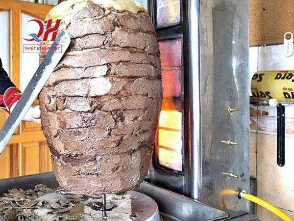 Dao thái thịt Thổ Nhĩ Kỳ thái thịt nhanh hơn