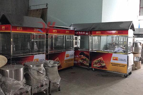 Xe đẩy bán bánh mì Quang Huy