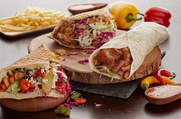 Bánh mì thịt doner kebab ngon