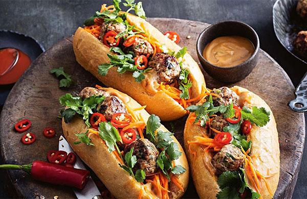 Bánh mì thịt ngon tại Hà Nội
