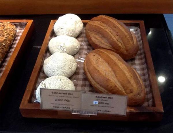 Mua bánh mì đen tại tp Hồ Chí Minh