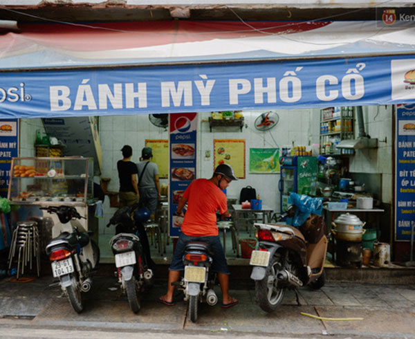 Quán bánh mì phố cổ tại Hà Nội