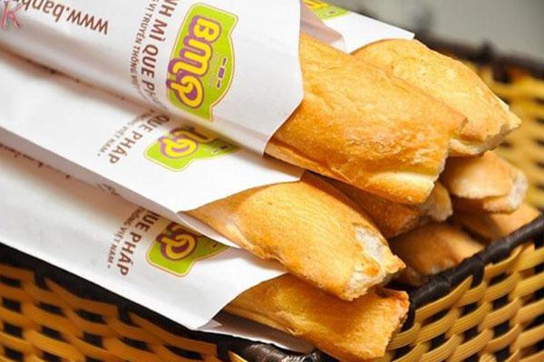 Túi giấy đựng bánh mì được in đẹp mắt