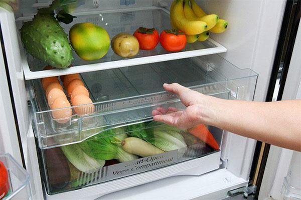 Vụn bánh mì giúp khử mùi tủ lạnh