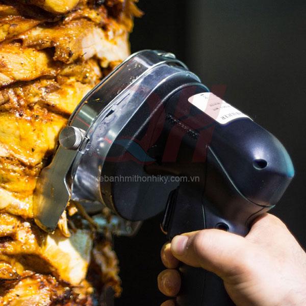 Máy cắt thịt doner kebab tiện dụng