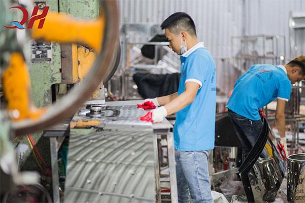 Ảnh xưởng sản xuất Quang Huy