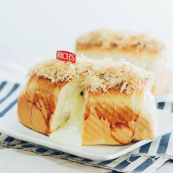 Bánh mì bơ chà bông