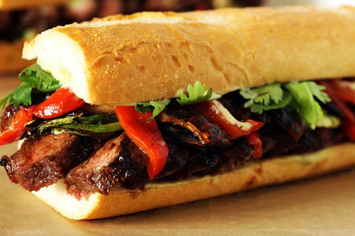 Bánh mì thịt bò ngon