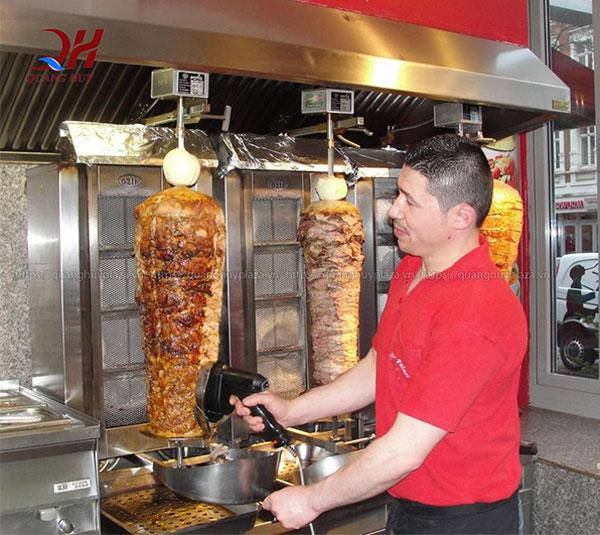 Cây thịt doner kebab thơm ngon hấp dẫn