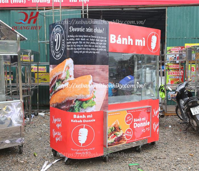 Hình ảnh xe bánh mì kebab torki kính cong