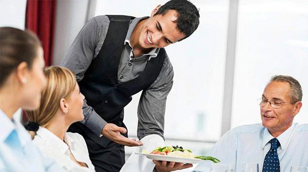 Thái độ phục vụ khách hàng