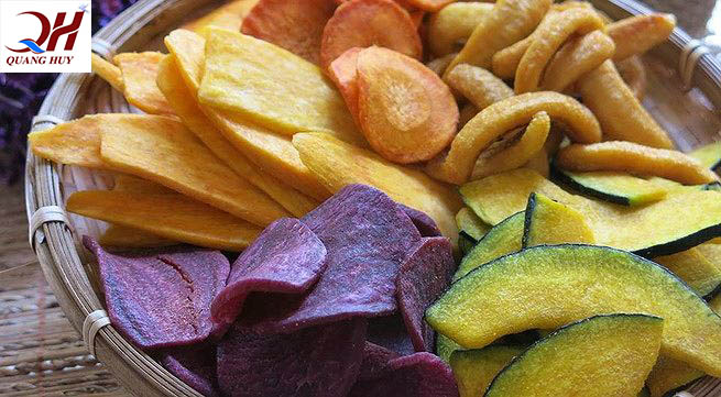 Hoa quả sấy có thành phần từ thiên nhiên, không phụ gia và cung cấp nhiều vitamin cho cơ thể