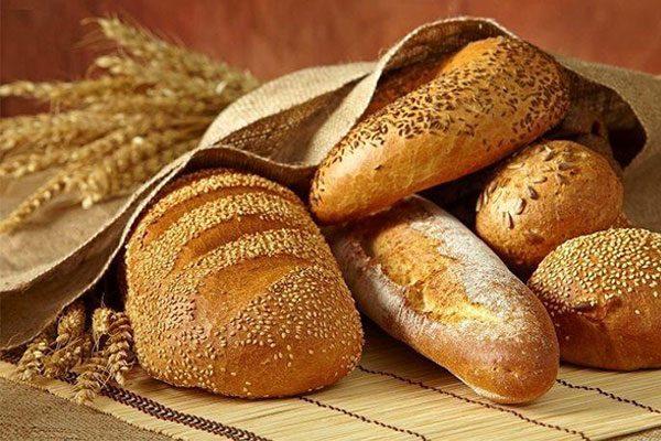Bánh mì để trong tủ lạnh