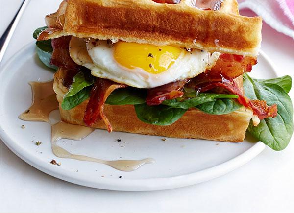 Bánh mì sandwich trứng