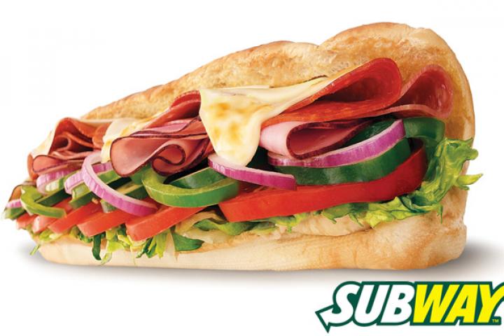 Subway cạnh tranh với bánh mì việt