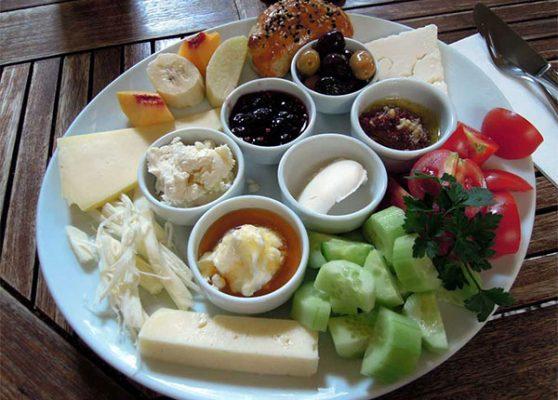 Bữa ăn sáng của người Thổ Nhĩ Kỳ