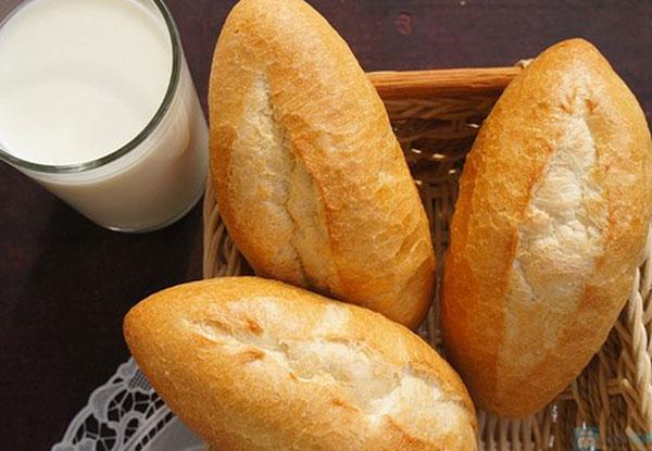 Làm nóng bánh mì với nồi cơm điện