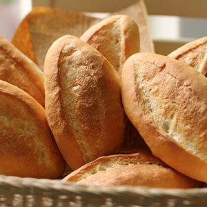 Cách làm vỏ bánh mì giòn tan