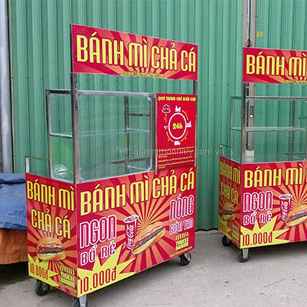 Xe bánh mì chả cá Quang Huy