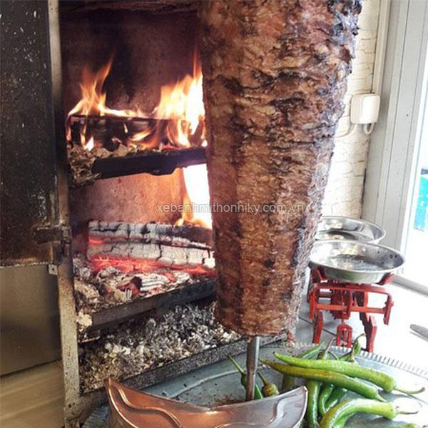 Lò nướng thịt doner kebab bằng than