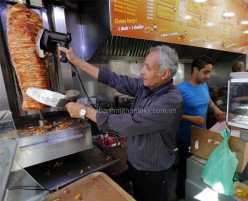 Máy cắt thịt doner kebab nhỏ gọn