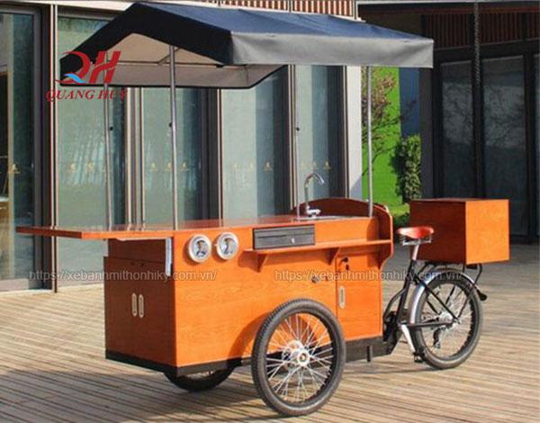 Quang Huy xe đạp bán hàng caffe