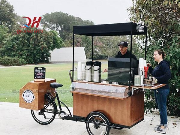 Xe đạp bán Caffe lưu động trên đường phố