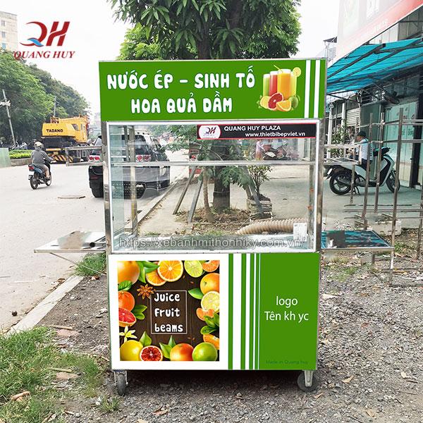 Xe bán nước ép trái cây do Quang Huy sản xuất