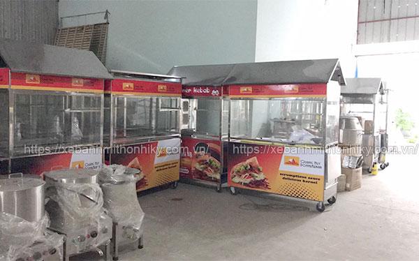 Mẫu xe bán bánh mì giá rẻ Quang Huy