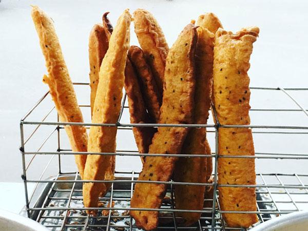 Cách làm bánh chuối chiên ngon hấp dẫn