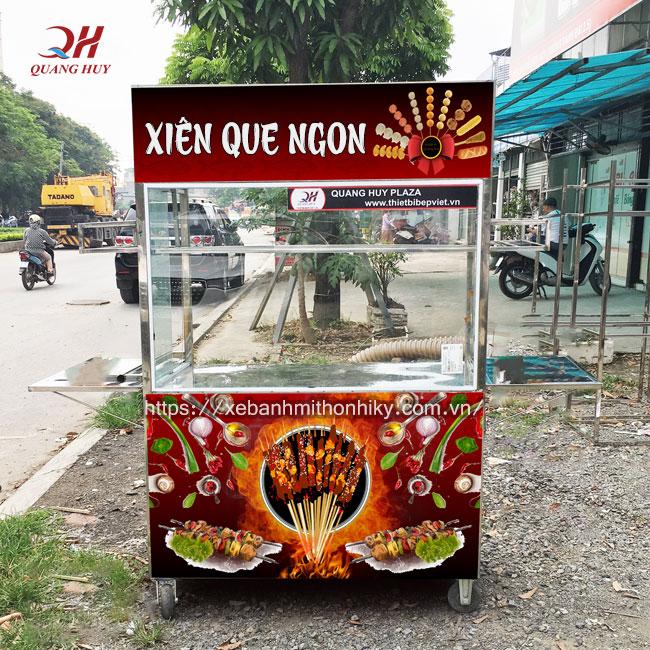Mẫu xe đẩy bán xiên que đẹp được sản xuất tại xưởng cơ khí Quang Huy