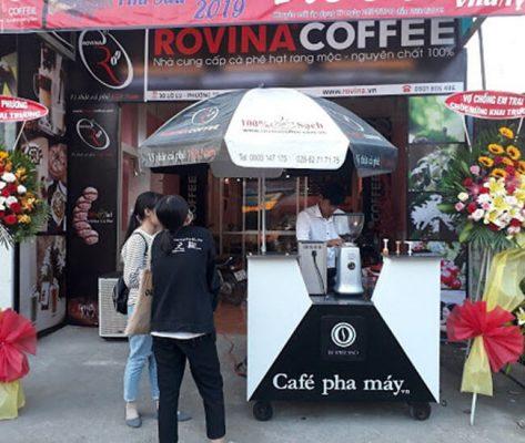 Xe bán cafe vỉa hè - mô hình kinh doanh đang được ưa chuộng tại các thành phố lớn