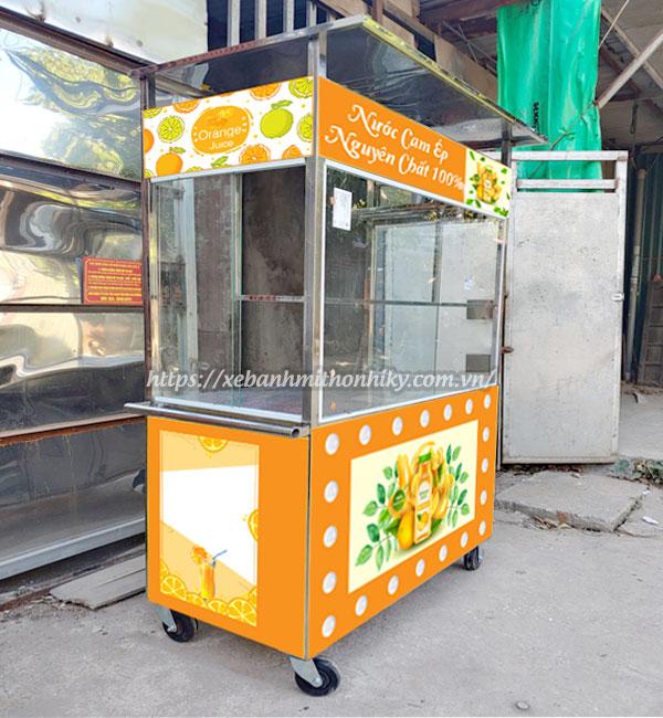 Mẫu xe đẩy bán nước cam Quang Huy sản xuất, đặt theo yêu cầu