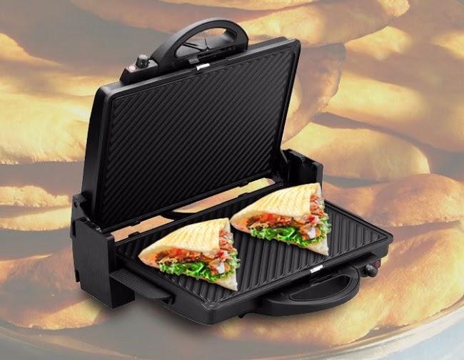 Máy nướng bánh mì tam giác là dụng cụ không thể thiếu khi kinh doanh bánh mì