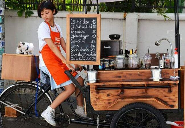 Xe đạp bán cafe lưu động tiết kiệm thời gian di chuyển cho những người bán hàng dong
