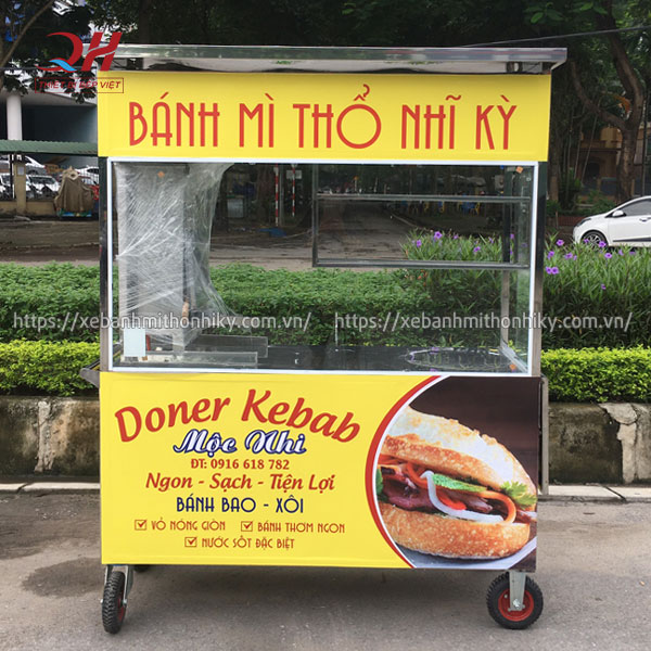 Quang Huy gia công xe bánh mì Thổ Nhĩ Kỳ theo yêu cầu tại xưởng